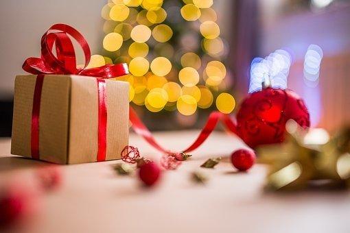christmas-2605818__340.jpg