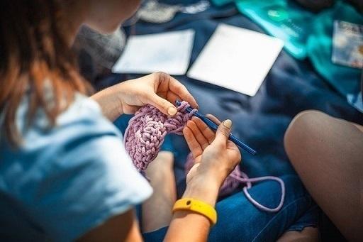 needlework-4639828_640-thumbnail2.jpg